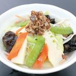 竹岡屋 - 春キャベツと彩り野菜の塩タンメン 780円