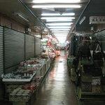 ワタナベ鶏肉店 - 市場内(09/11)