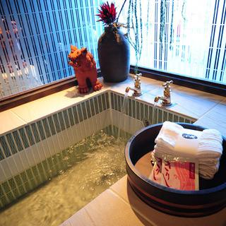 接待にも最適!完全個室に足湯個室でお寛ぎいただける空間♪