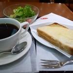 エクセシオール カフェ - Bセット クロックムッシュ 530円。