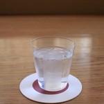 Cafe & Bar えんじ - 薄いガラスのコップ