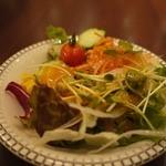 ブラッスリーローリエ - サラダ(食べ放題)