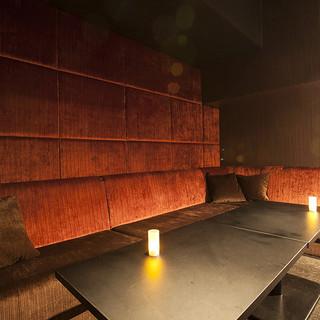 ふかふかソファの「完全個室」