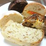ベーカリーハース - ベーカリーハース(色々なパン)