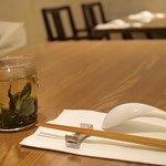 MASA'S KITCHEN - テーブルと文山包種茶