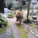 25860182 - お庭