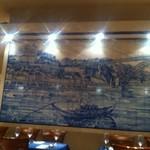 25861786 - 雰囲気ある壁画