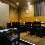ありんこ - テーブル席