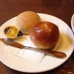 融合料理 まごころ - パン