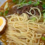 潤 - あっさりスープに辛味もまろやか。麺は細めの中華麺。なかなか美味しかったです。