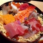 25869598 - バラチラシ寿司