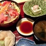 25869599 - バラチラシ寿司ランチセット