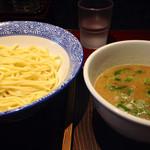 麺屋まる - つけ麺 700円