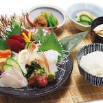 晤寶 - お刺身定食 1,296円