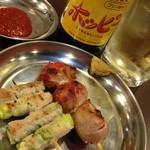 源氏とん太 - ホッピーセットと肉巻き串(トマトとアスパラ)