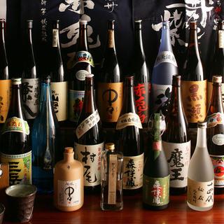 単品は焼酎200銘柄以上!飲み放題はビールと焼酎50種用意!