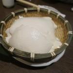 月の蔵人 - 本格手造りざる豆腐