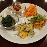 自然派カフェ 米野かりぃ堂 - 前菜5種盛り