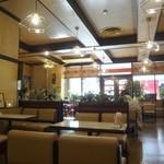 喫茶 プランタン - 店内