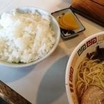 ラーメン角萬 - 定食(プラス250円)