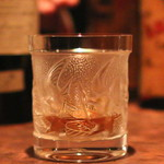 ネプラスウルトラ - Black & White  Buchanan's Choice Old Scotch Whisky のストレート