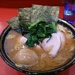 吉村家 - ラーメン+味玉
