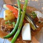 ポトリエ - 肉料理(煮こみ)