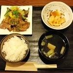 御料理 千 - 週替わり千御膳 一例 生姜焼き 海老マヨと一品
