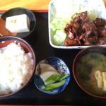 松風 - 料理写真:もつ煮定食
