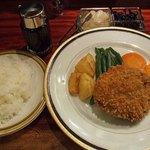 洋食 こけもも - ビーフカツ(ランチ)¥2,180