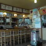 太郎鮨 - 店左側のカウンター席