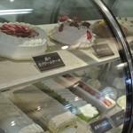 25908090 - ケーキのショーケース
