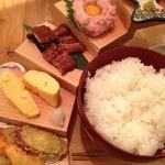 浪花ろばた 頂鯛 北新地店 - 頂鯛定食(1000円)天ぷら・だし巻き・うなぎ・たたき