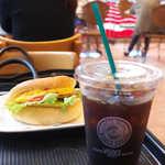 カフェ・ベローチェ - ベローチェで朝の一杯、オムレツサンドとともに
