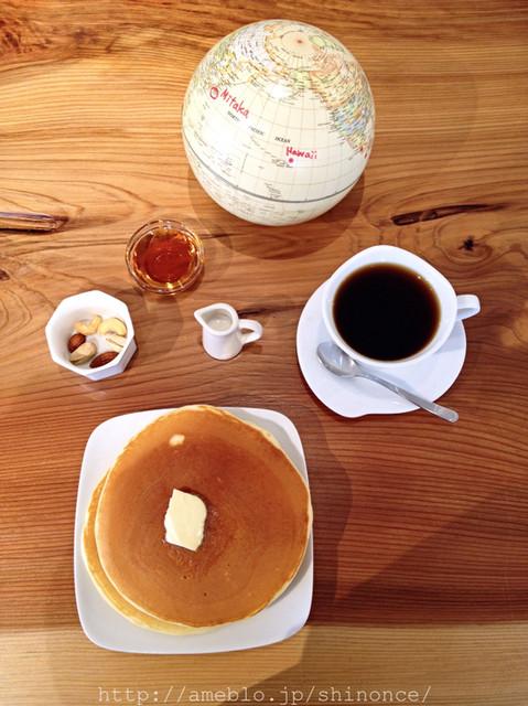 珈琲や 三鷹工房 - モーニング ホットケーキセット