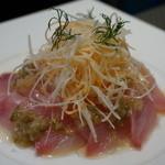 キッチン イトウ スタイル - 鮮魚のお刺身サラダ 徳島産ゆずとすだちドレッシング 1,800円