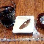 リストランテ ガット - アイスコーヒーと小菓子(2014.3)