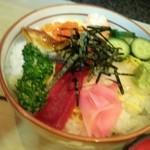半平寿司 - 海鮮ちらし