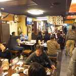 牛タン焼専門店 司 - 牛たん「司」虎横店、活気あふれる店内