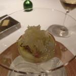 レストラン ラ フィネス - 上から熊本のバンペイユ、一週間熟成の真鯛、鮃と縁側、オリーブ、フェンネル