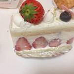 洋菓子 Julian - 苺ケーキ