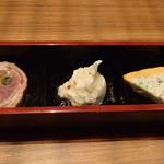 池袋 style - サーモンと白身魚、ポテトサラダ、紅茶鶏三色巻き