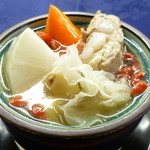 中国薬膳料理 星福 - 開店当初から大好評 胃を養い腸を清める星福オリジナルの 養生薬膳蒸しスープ