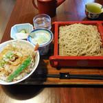 梶ヶ谷 海老民 - ...「天丼とせいろ(冷)(1100円)」、手打ち蕎麦!揚げ油もキレイそうな天ぷら!