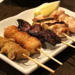 達磨や - 鶏串焼き5点盛り