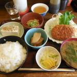 たつの家 - おまかせ定食¥800
