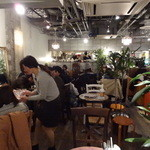 Risotto Cafe 東京基地 - 店内