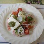レスカエコ・ビゴ - 鮭のマリネと鯛とホタテのテリーヌサラダ