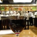 ティーヌン - グラスワイン赤