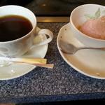とんぼ亭 - デザートとコーヒー付き